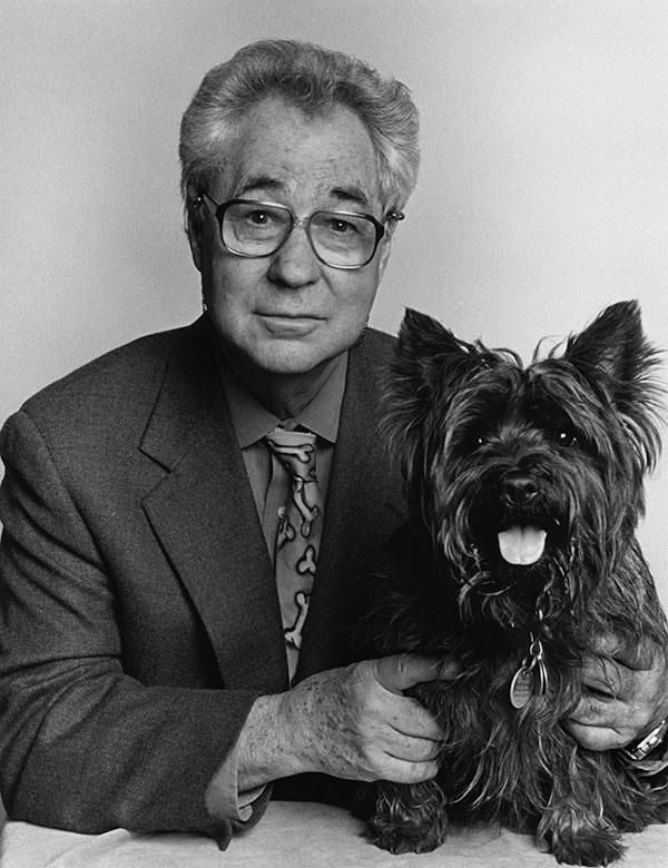 Elliott Erwitt To Receive Outstanding Contribution To Photography At 2015 Sony World Photography Awards -  © Elliott Erwitt/MAGNUM PHOTOS Renowned Magnum photographer Elliott Erwitt will be honored at the  - #Awards #Contribution #Elliott #Erwitt #Outstanding #Photography #photographyawards #photographyessentials #receive #Sony #wildlifephotography #World
