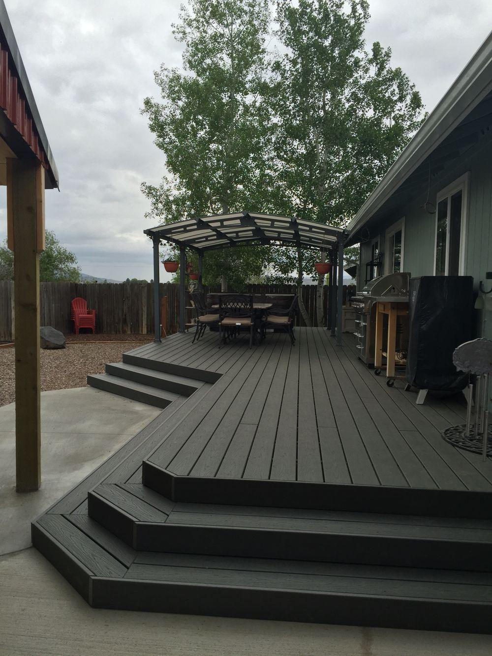 Trex Enhance Clamshell Deck Cherry Back Yard Landscaping