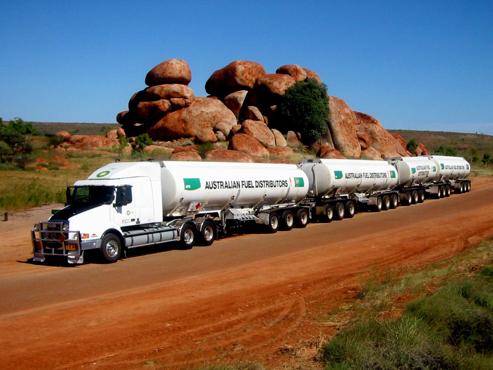 Got Gas Bp Aussie Trucking Www Crcint Com With Images Road