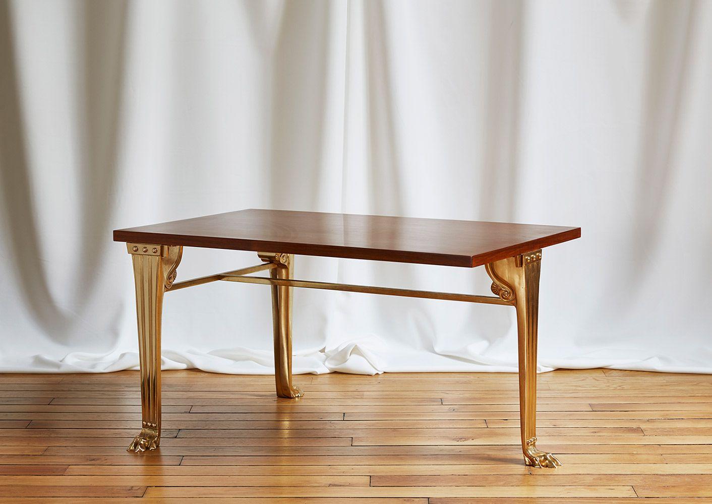 T H Robsjohn Gibbings Table Tripode Trapeza [ 1000 x 1412 Pixel ]