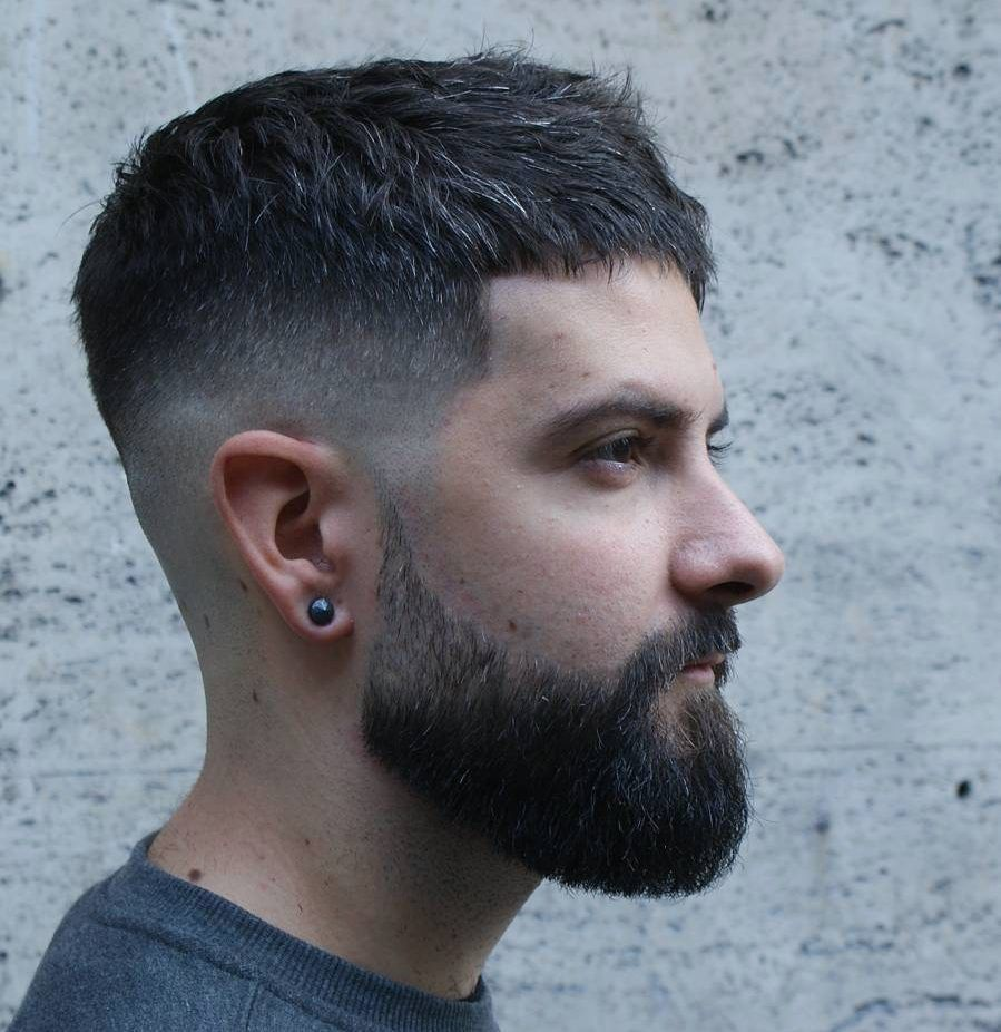 12+ Best Frisuren für Männer - erscheinen jung wild und frei