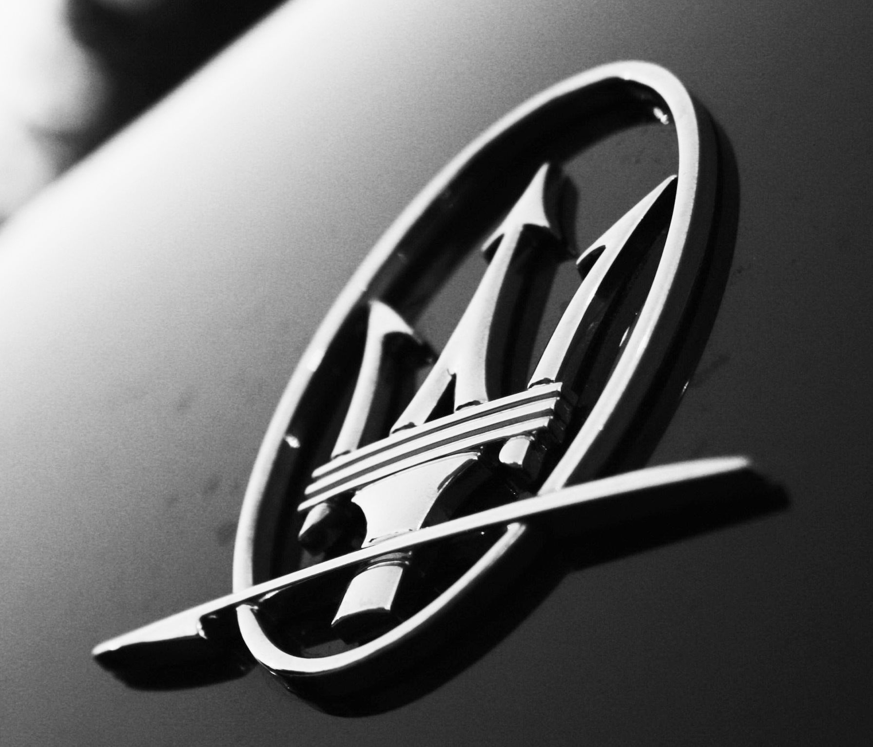 Luxury Car Logos: Cars & Motorcycles That I Love