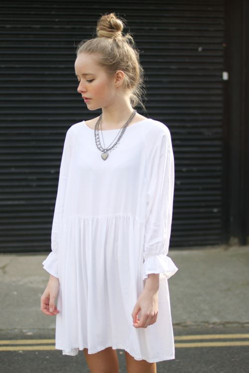 I really want a loose dress like this. Maybe in black because I spill coffee on anything white.