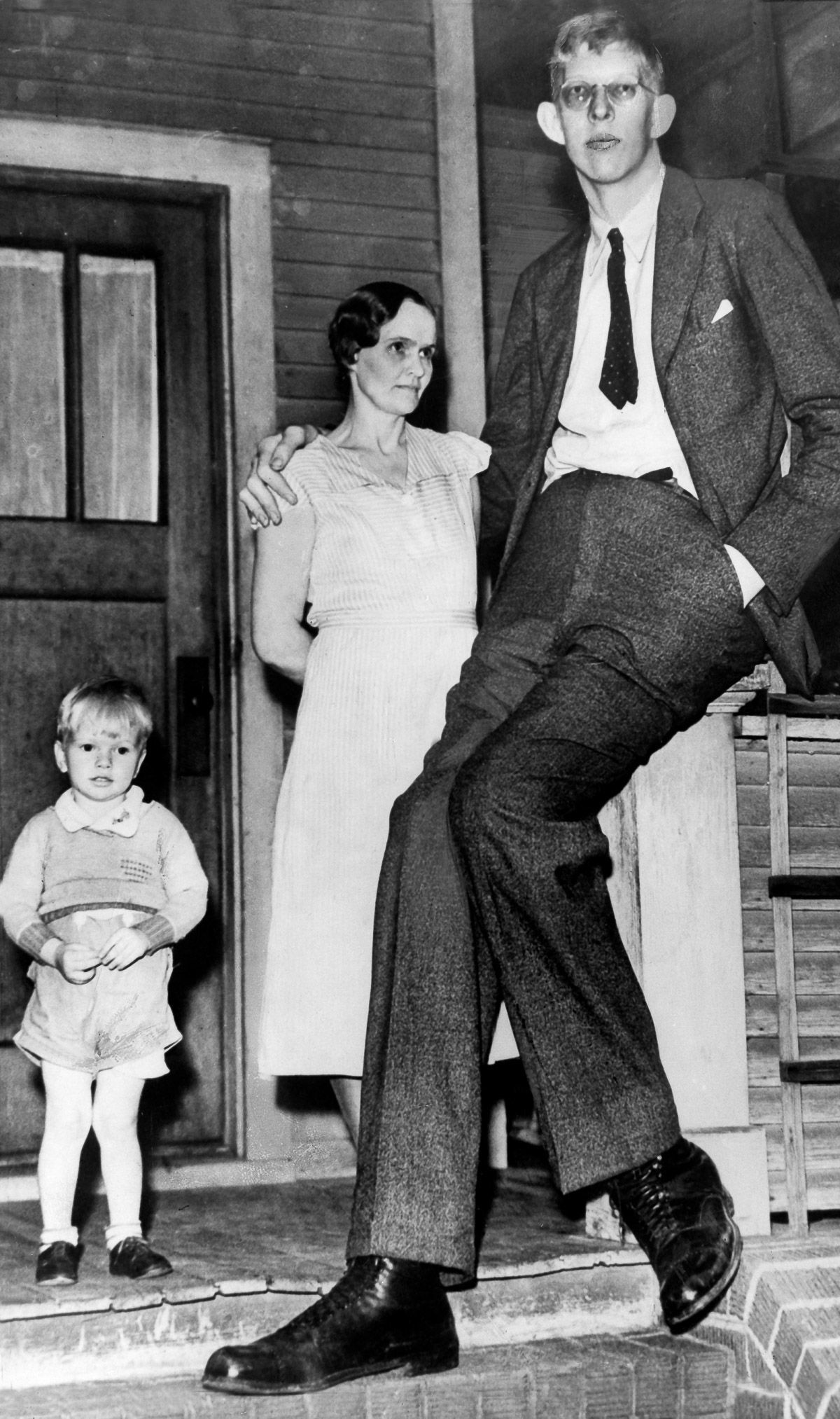 The tallest man in history was too huge for words, so take