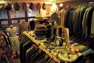 Metropolis Tokyo In Store Tokyo S Coolest Stores Cool Store Vintage Clothes Shop Vintage Clothing Stores