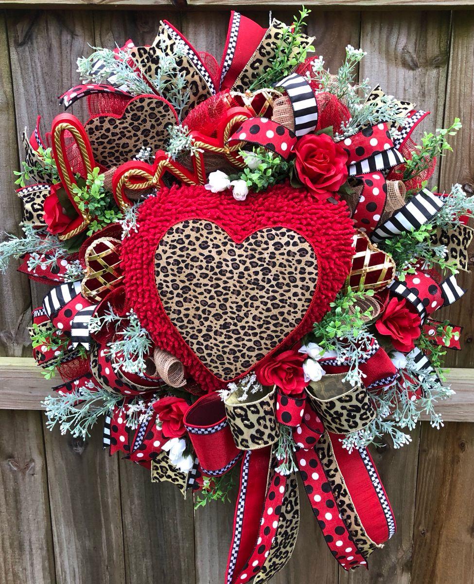 Valentines Day Wreath, Valentine Cheetah Home Deco