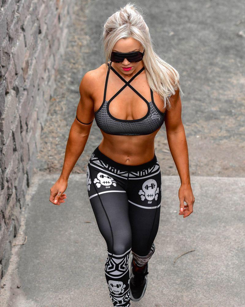 livefitlovehard: Stephanie Sanzo Killer tights! | Women Fitness ...