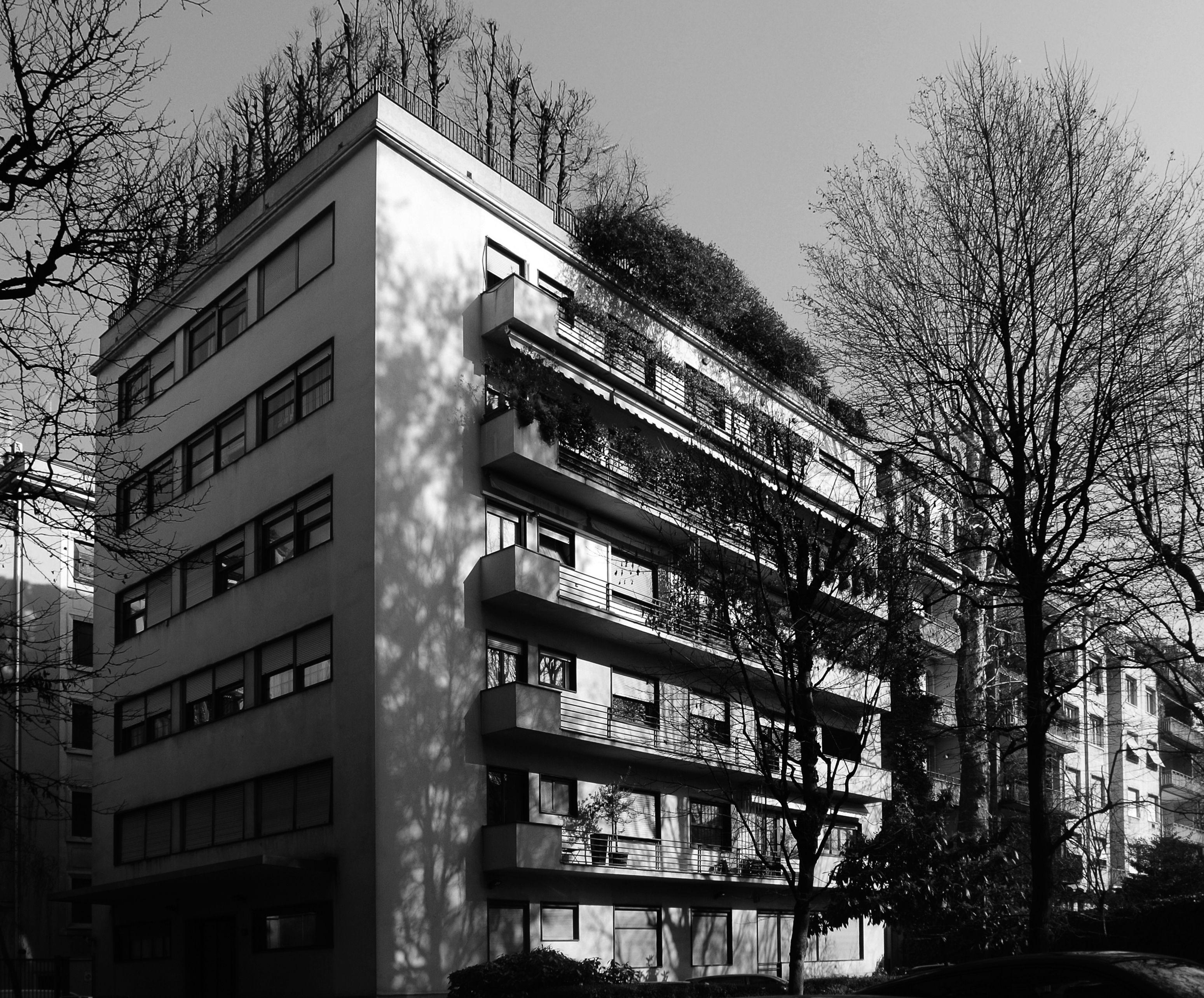 Vista dal giardino interno della casa a ville sovrapposte in via dell 39 annunciata 23 a 1933 1934 - Casa dell ottone milano ...