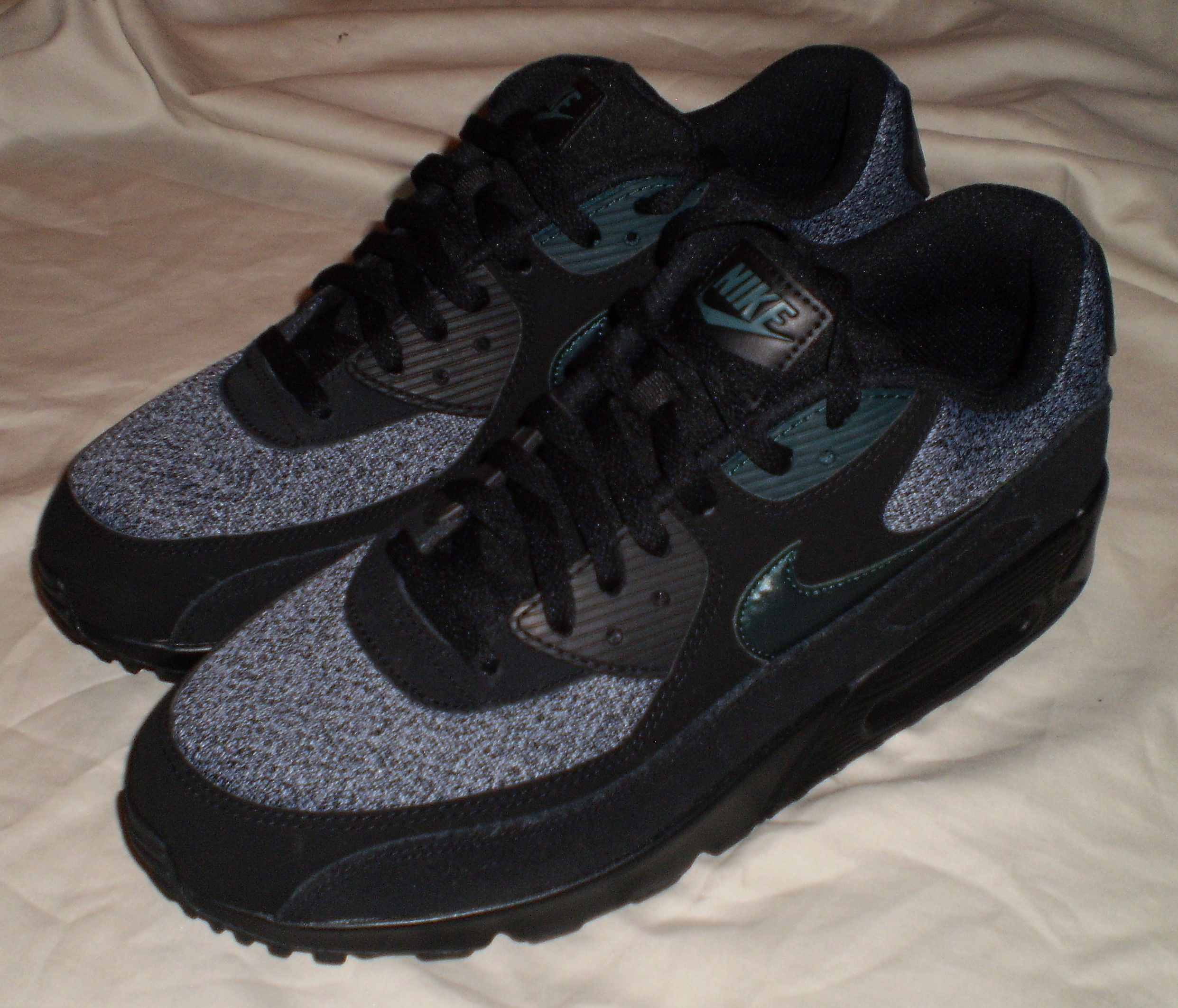 new concept 9da2c d4fcc MENS AIR MAX 90 ESSENTIAL SHOES SNEAKERS BLACK DARK ATOMIC TEAL ARMORY BLUE