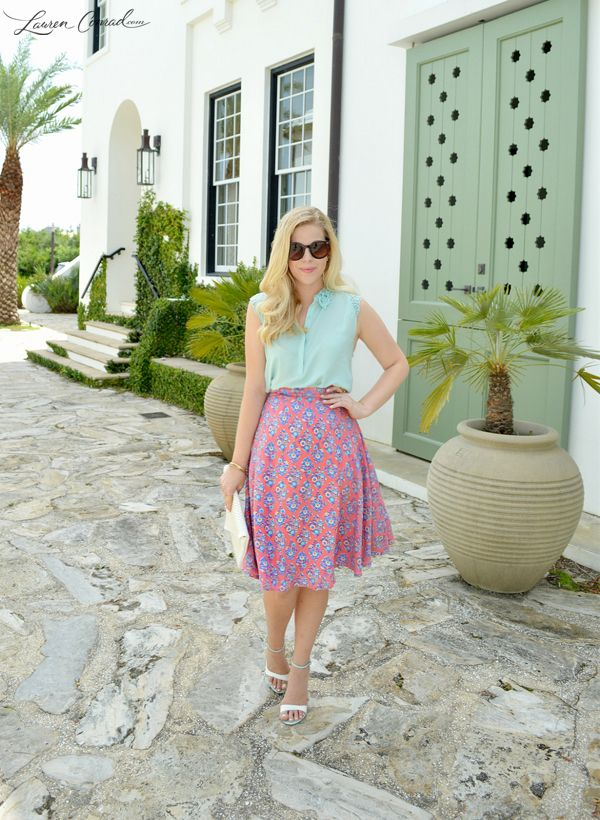 Style Guide: Flatter Your Figure with Midi Skirts | Nederdel