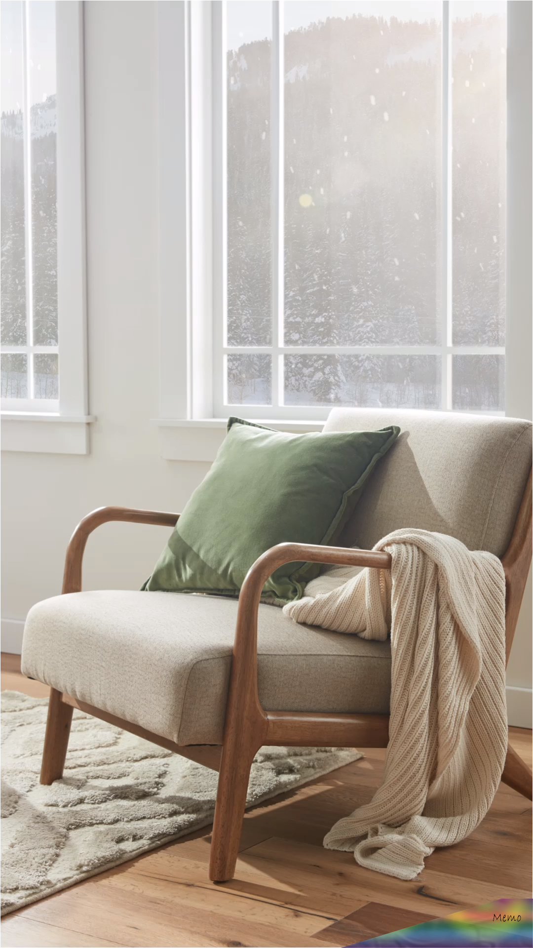 Dec 8 2019 Shop Stylish Accent Chairs At Overstock And Find A Cozy And Festive Seat To Complement Your Holid En 2020 Chaises Salon Chaises Contrastantes Deco Maison