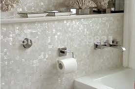 Badkamer Mozaiek Tegels : Afbeeldingsresultaat voor badkamer mozaiek tegels wit badkamer