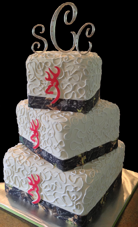 Camo And Pink Browning Logo Wedding Cake LolosCakesAndSweets