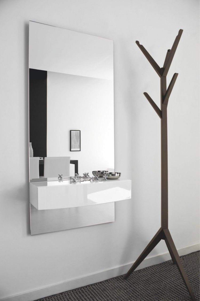 Perfect for a hall this Calligaris Morgan Mirror has a shelf to have ...