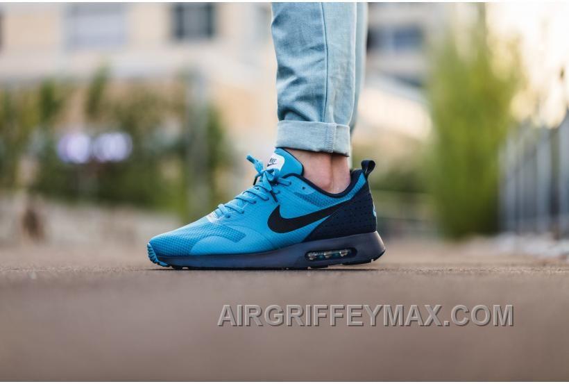 Online Soldes La Version Speciale De Nike Air Max Tavas