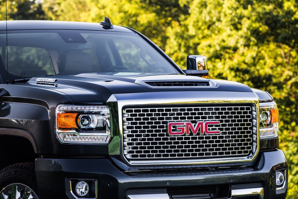 Gmc Joins The 900 Pound Foot Torque Club With Duramax V8