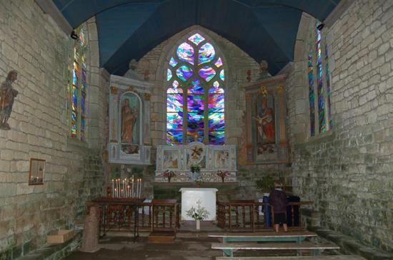 L'intérieur de la chapelle Notre-Dame de Bonne Nouvelle à Locronan, Finistère