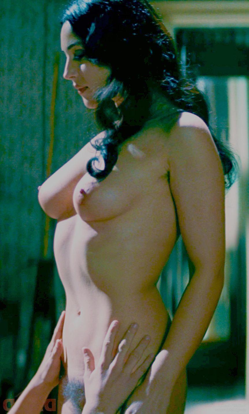 Monica bellucci nude images