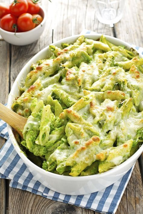 Creamy Baked Ziti with Broccoli and Provolone