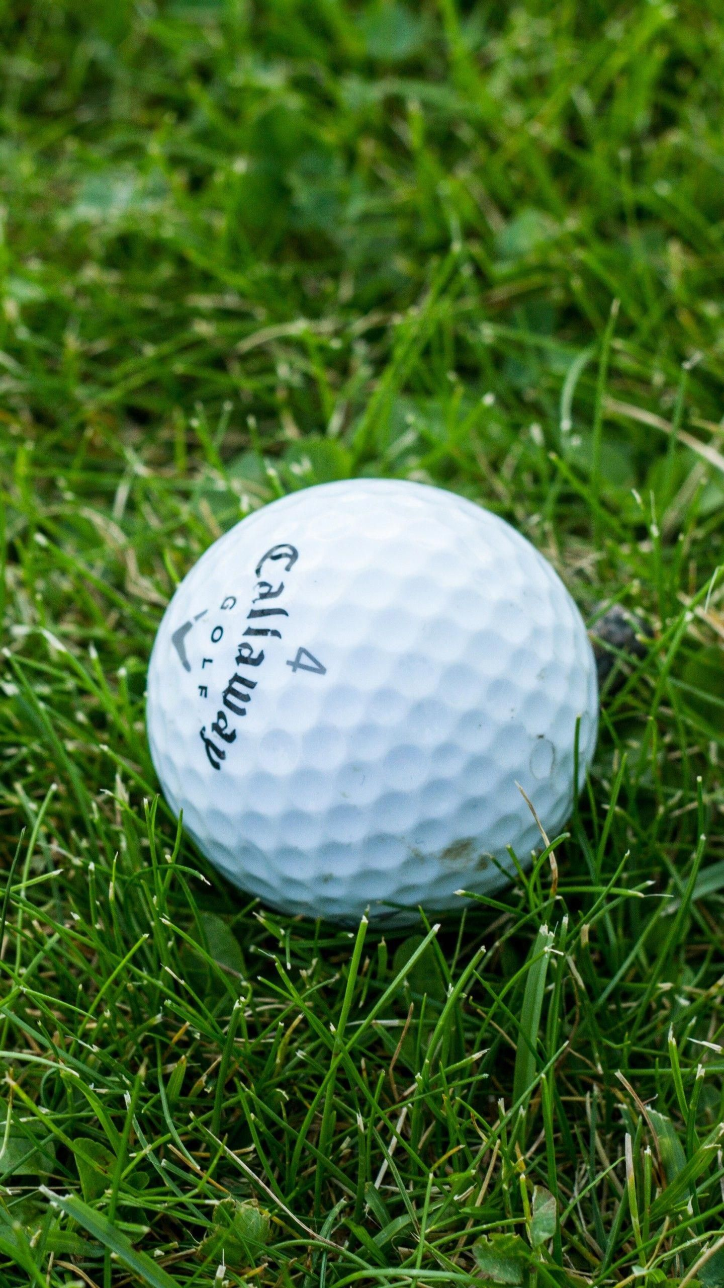 iPhone Golf Wallpaper (60+ images) in 2020 Golf ball