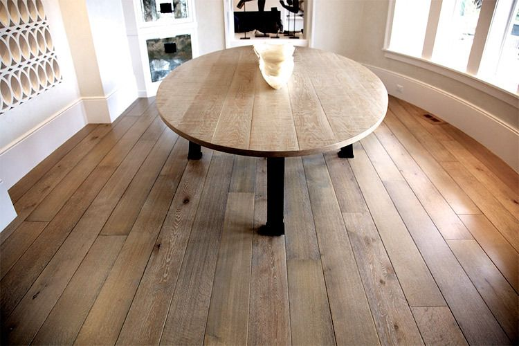 Salisbury Woodworking created the color and texture of this