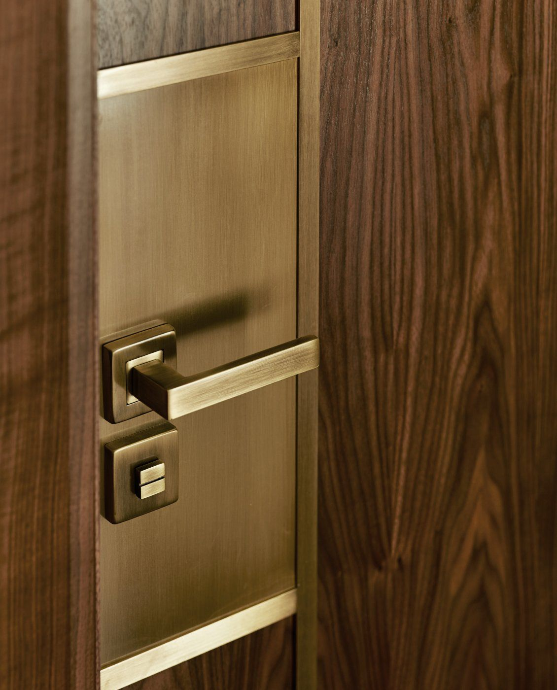Bayswater Mansion Apartment Cabinets Pinterest Mansion Apartments And Doors