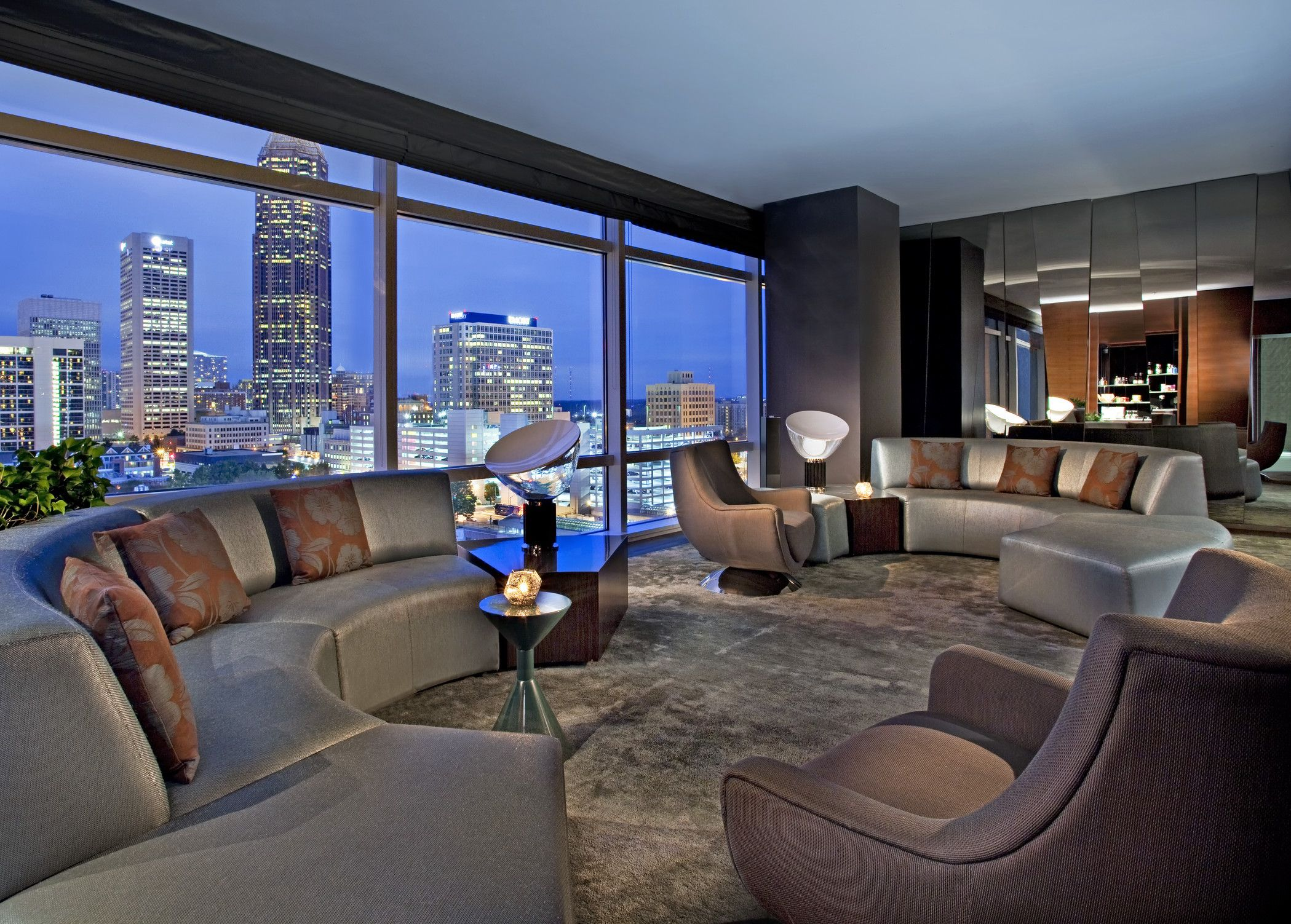 You Can See Downtown Atlanta From The Living Room Of The Ewow Suite Atlanta Hotels Atlanta Downtown Hotel