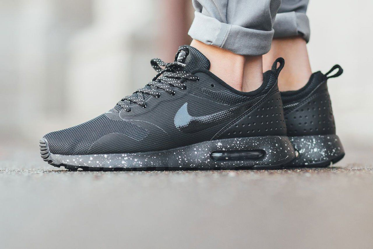 The Nike Air Max Tavas Is Given a Stealthy Update | Socks