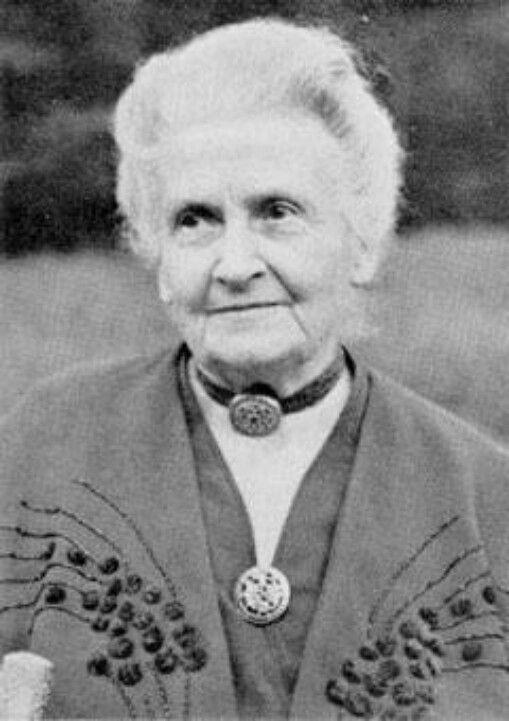 Maria Montessori   Montessori   Pinterest