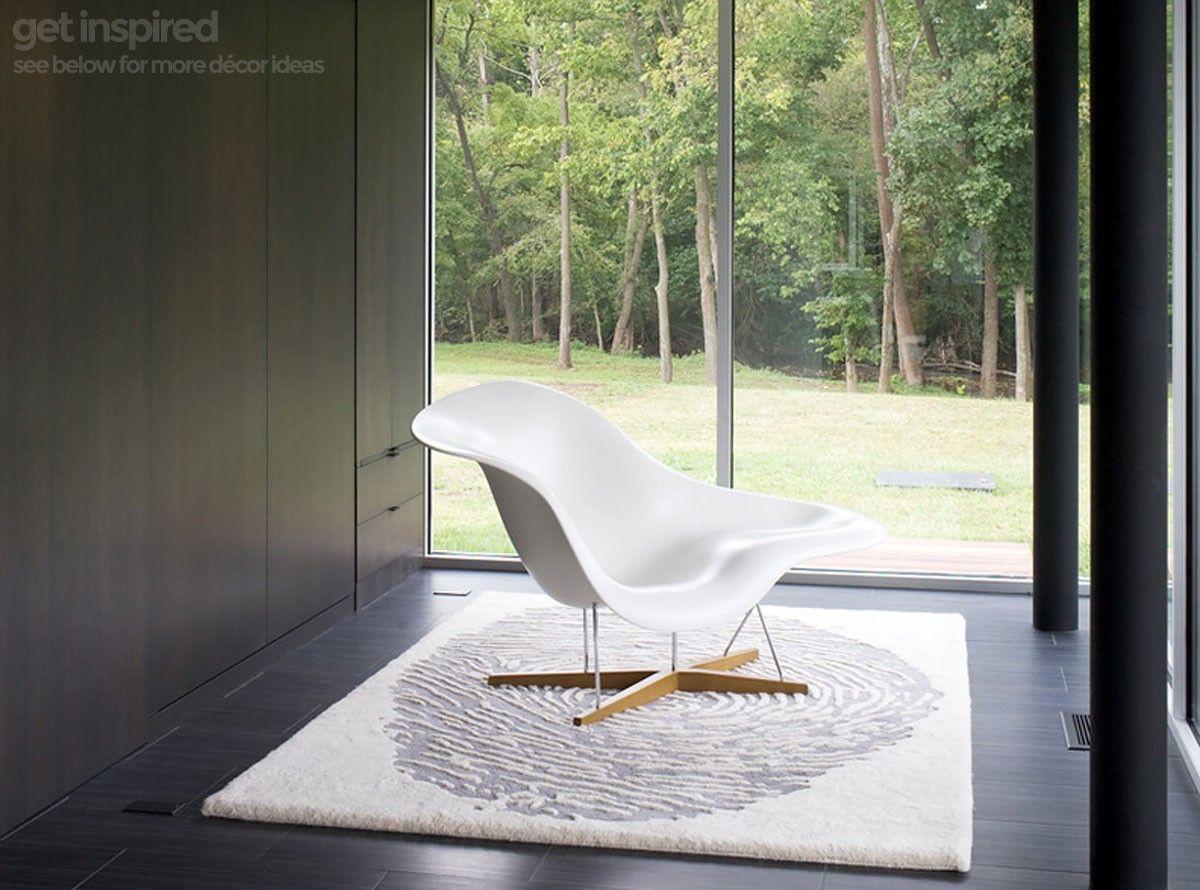 Eames La Chaise (Platinum Replica) Modern family rooms