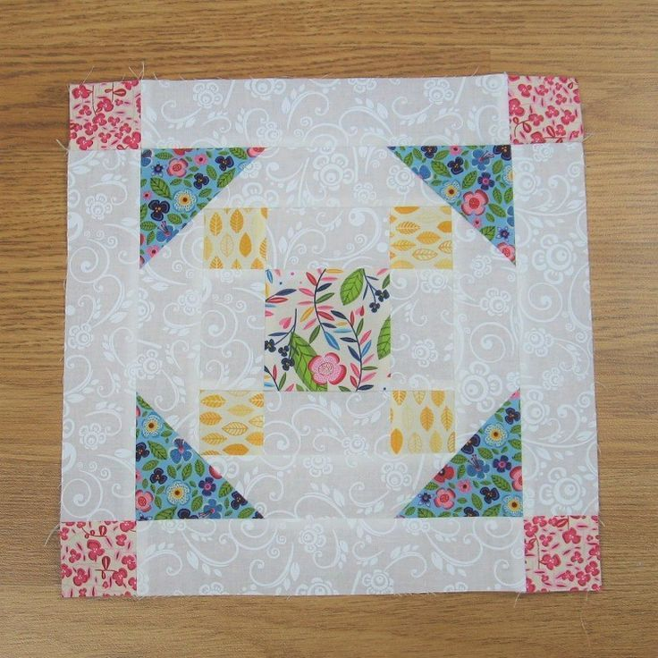 Free Tutorial Grandmas Choice This first appeared as Grandmas Choice in 1938 Its a great little chain block that traditionally is only in two colors but I really think sc...