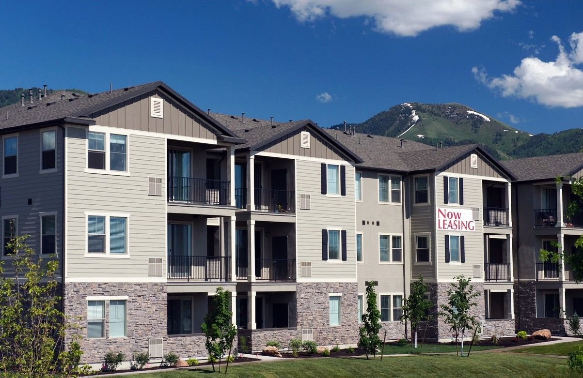 Apartments For Rent In Logan UT | The Falls At Riverwoods ...