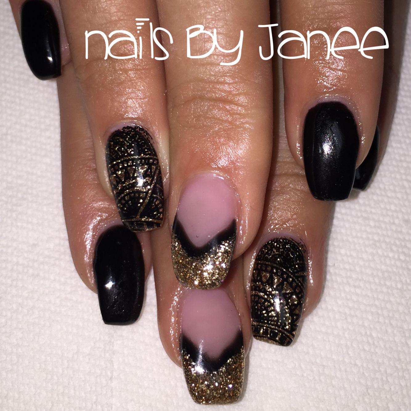 Black and gold gel nails by Janee. A wild hair salon Reno.   Nails ...