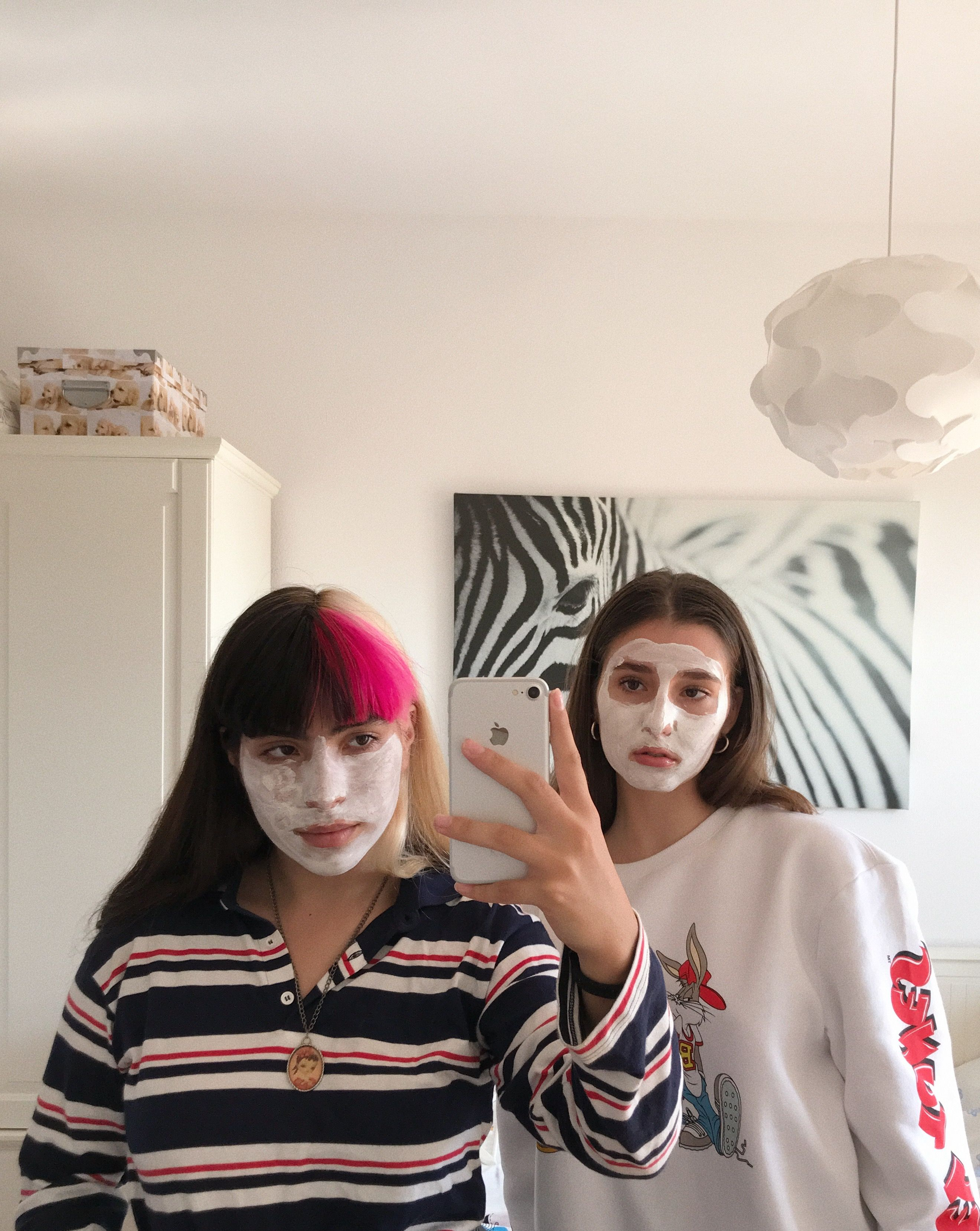 #friends #aesthetic #aestheticphotography  #white #mask #friendship #friendshipgoals