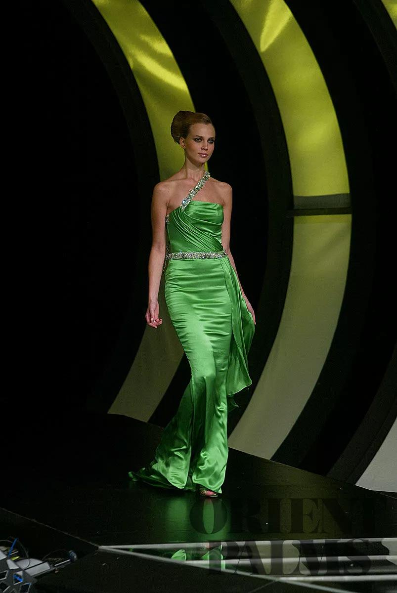 Ella Zahlan Fall Winter 2005 2006 Couture Couture Fashion Fashion Design [ 1200 x 803 Pixel ]