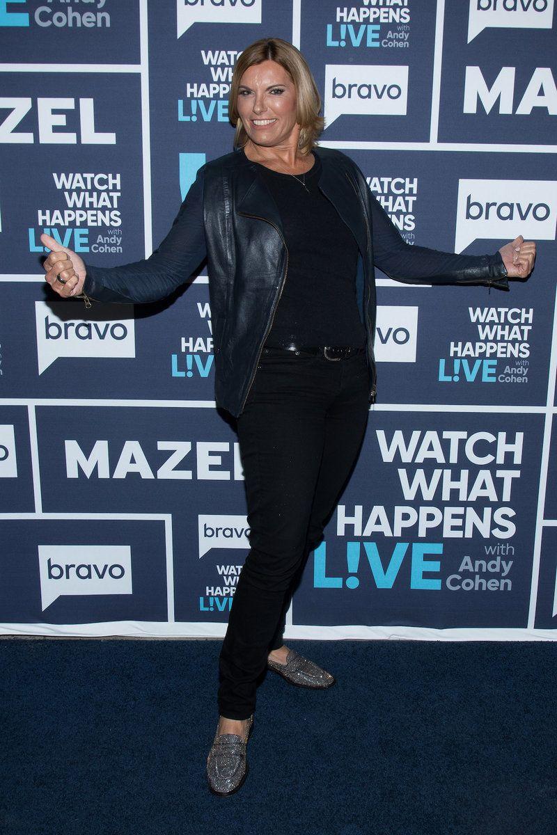 Navy Blue Carpet Runner | Bravo Shows in 2019 | Blue carpet