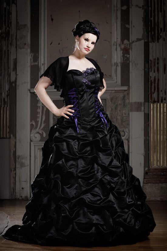 Schwarze Brautkleider, farbige Brautmode und ausgefallene ...