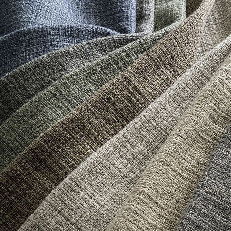 de Le Cuona | We are delighted to present our Warrior Cloth linen and wool mix fabric (60,000 rub test) which is perfect for upholstery, accessories and heavy drapery. The seven earthy colourways naturally fit into any design scheme.