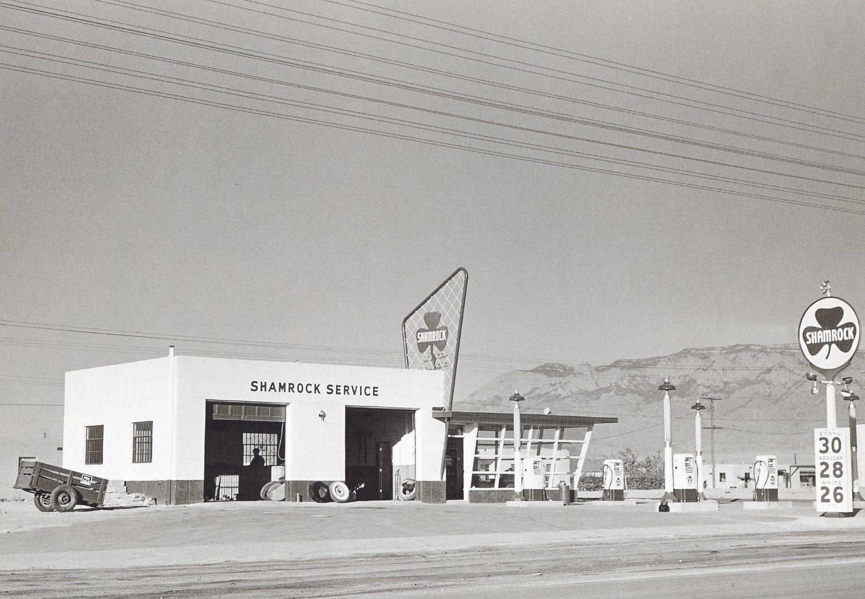 Cheap Gas Albuquerque >> Shamrock Gas Albuquerque Nm 1950 Oil Gas In 2019 Old Gas