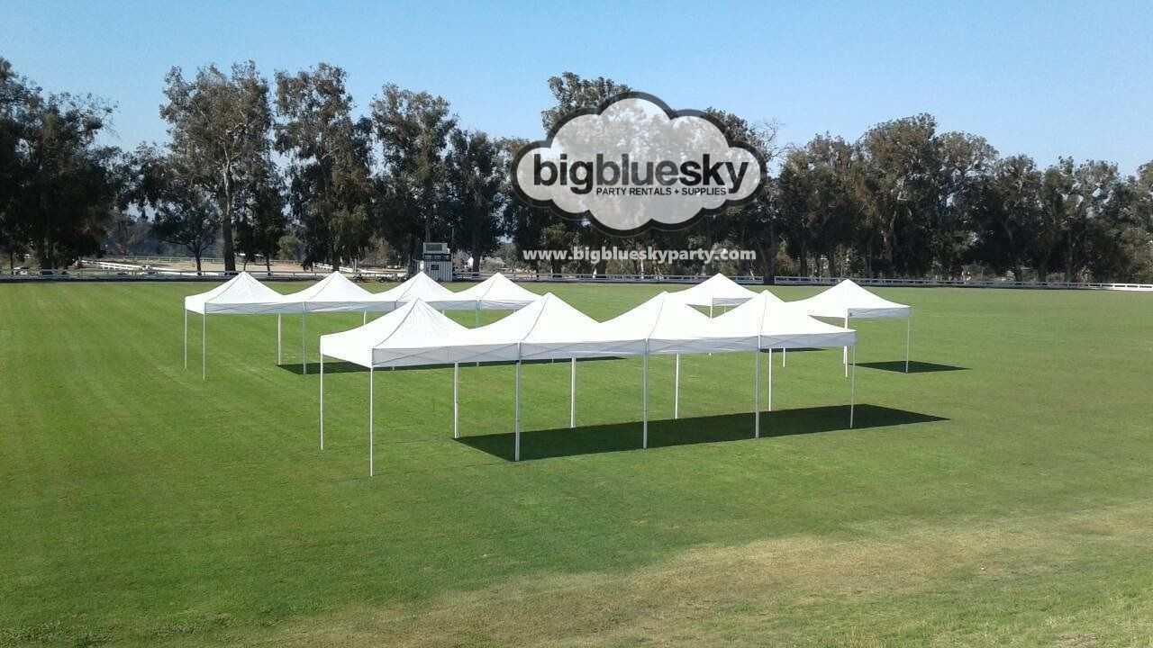 10 X 10 Pop Up Canopy Rentals These 10 Ft X 10 Ft Pop Up Canopies Are A Quick Way To Provide Shade Or Cover For Your Party Canopy Wedding Rentals Pop Up Tent