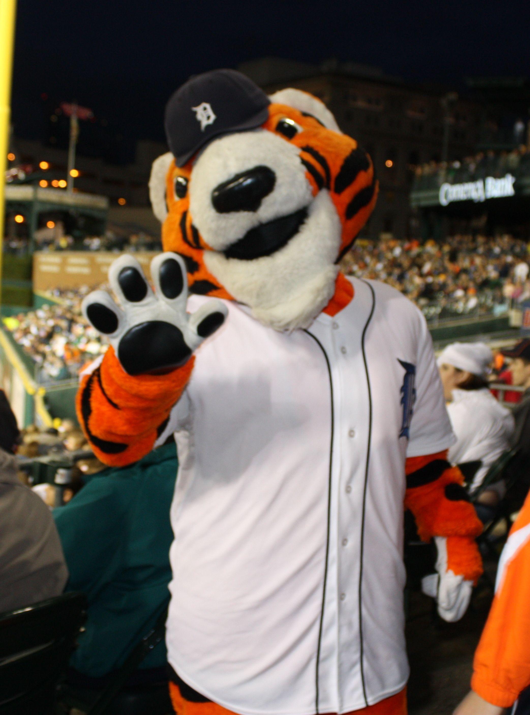 Detroit Tiger paws