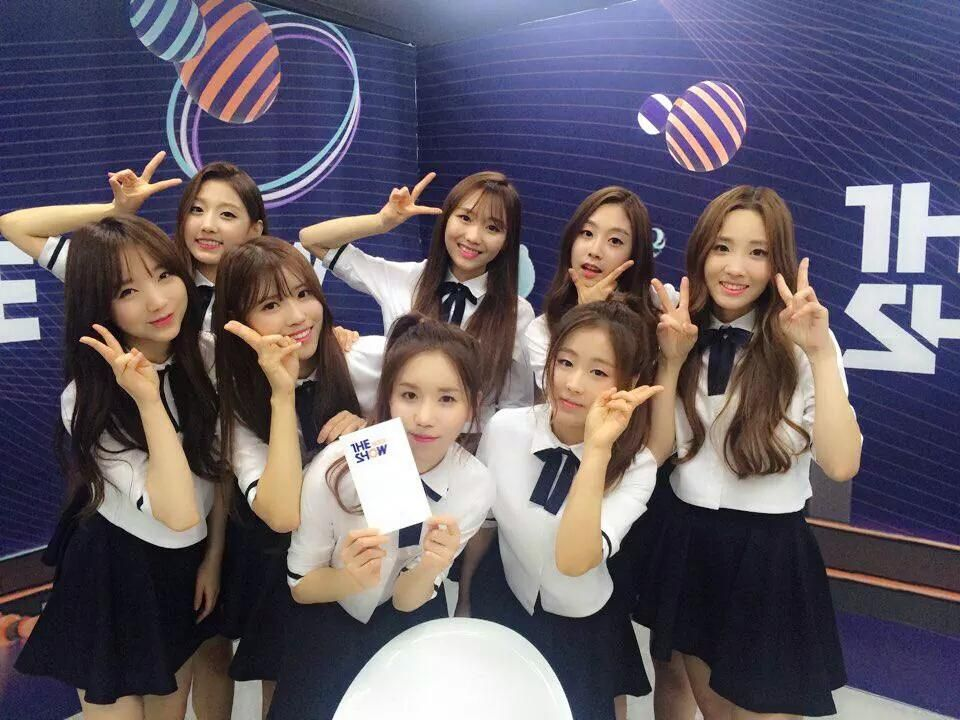 Lovelyz 5 Minutes Interview @ The Show