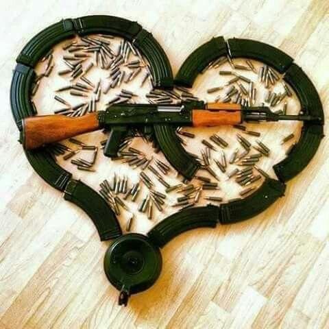 you make my heart go boom boom ♡♡♡   Armas y Navajas ...You Make My Heart Go Boom Boom
