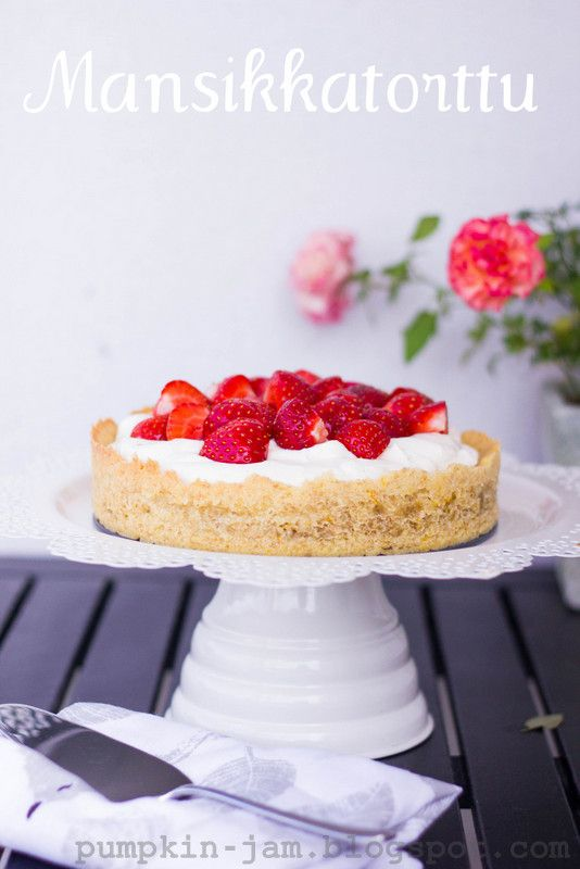 Strawberry Tart {recipe in Finnish}.