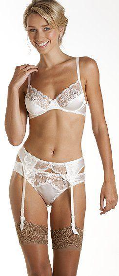 17293f2cf8 Lingerie de mariage   bridal lingerie   Monique silk bra