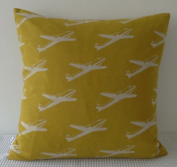 Japanese Yellow Airplane Pattern Cushion Cover Slip Cover Throw Custom Airplane Decorative Pillow