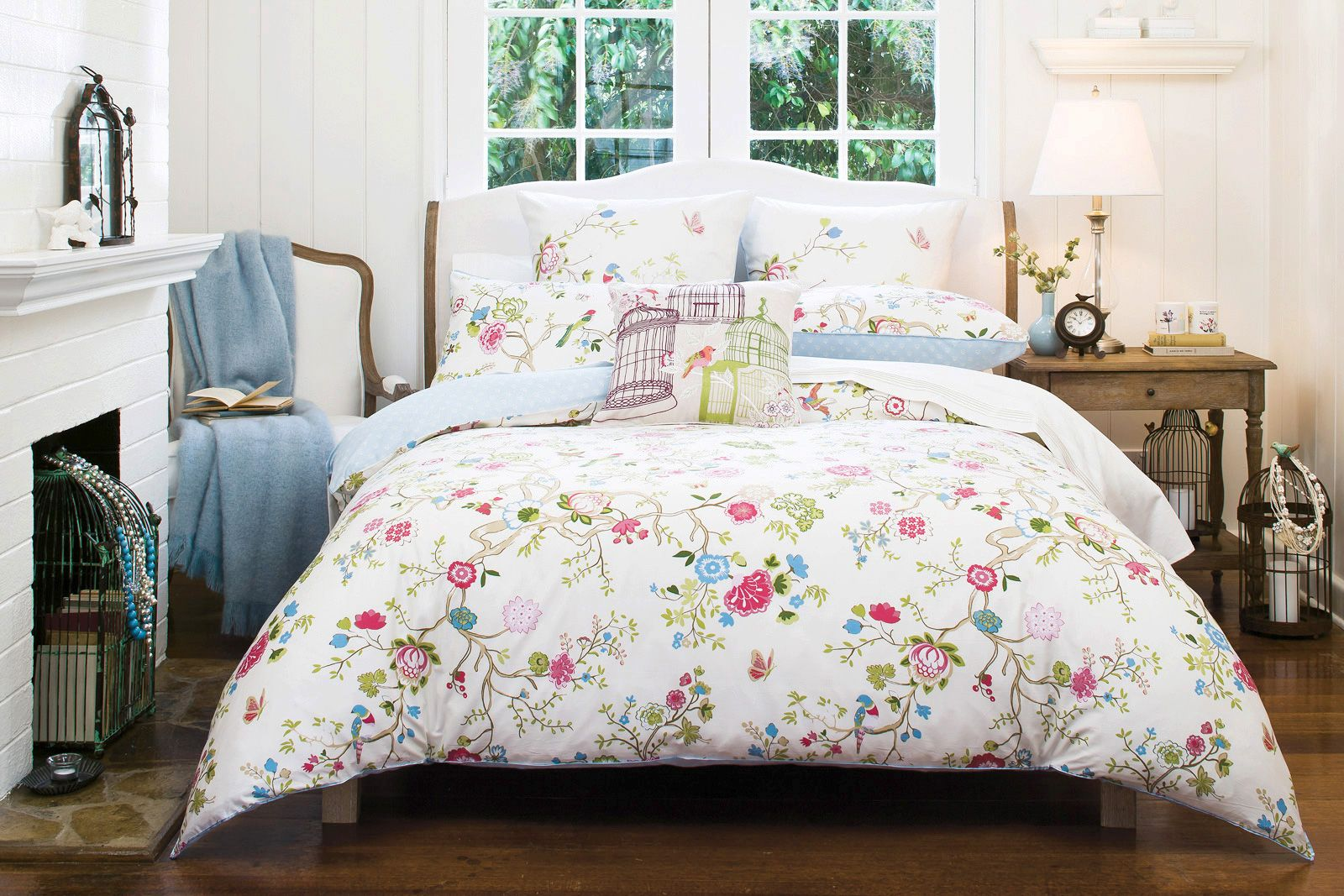 a whimsical and modern interpretation of traditional chinoiserie  - a whimsical and modern interpretation of traditional chinoiserie fabricsthis printed bed linen features embroidered birds