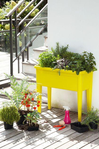 d coration balcon 12 pots de fleurs et jardini res am nagement ext rieur pinterest. Black Bedroom Furniture Sets. Home Design Ideas