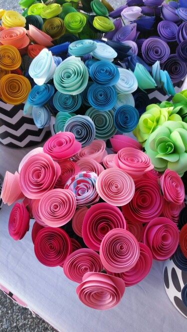 Paper flowers ive got to learn how to make these too cute paper flowers ive got to learn how to make these mightylinksfo