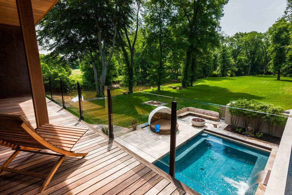 Piscina peque a todo lo que necesitas saber sobre las for Inconvenientes piscinas agua salada